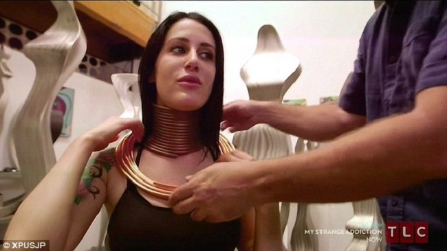 Giraffe Woman Who Wanted The World's Longest Neck Has A ... African Neck Rings Before And After