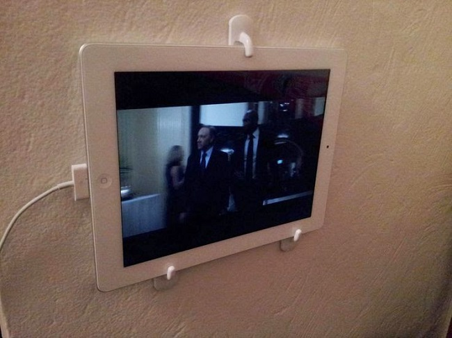 Mini TV station with your iPad