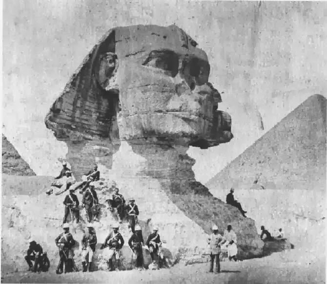 Napoleon shot off the Sphinx nose