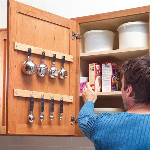 12 Brilliant Uses Of Command Hooks In Day To Day Life