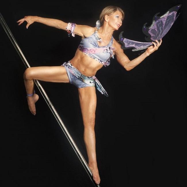 pole dance 67