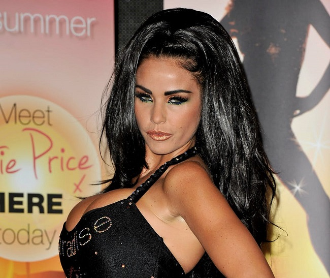 Katie Price loves heavy makeup looks