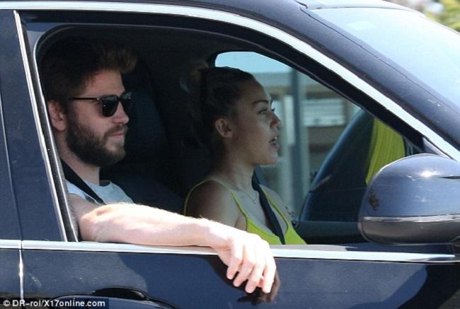 Jack Gilinsky In Car Driving