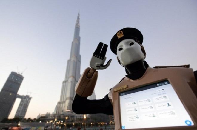 robot-policemen in dubai