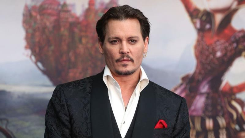Johnny Depp used to sell pens