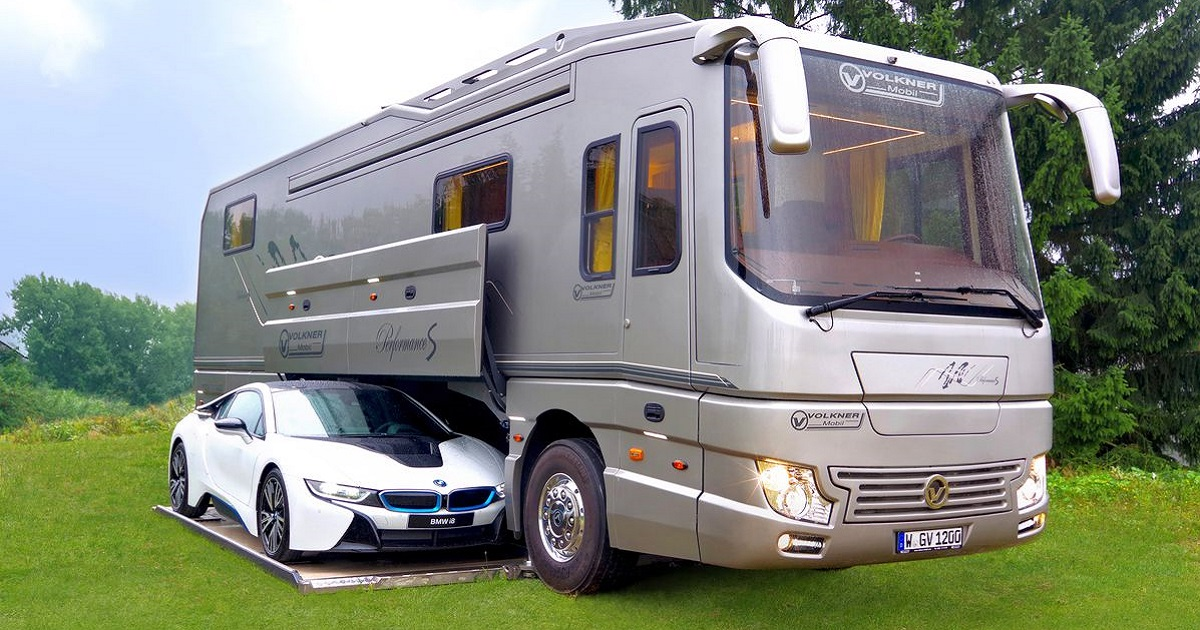 The Interiors Of This Luxury Motorhome Are Stunning And Will Leave You Awestruck 20171119090653
